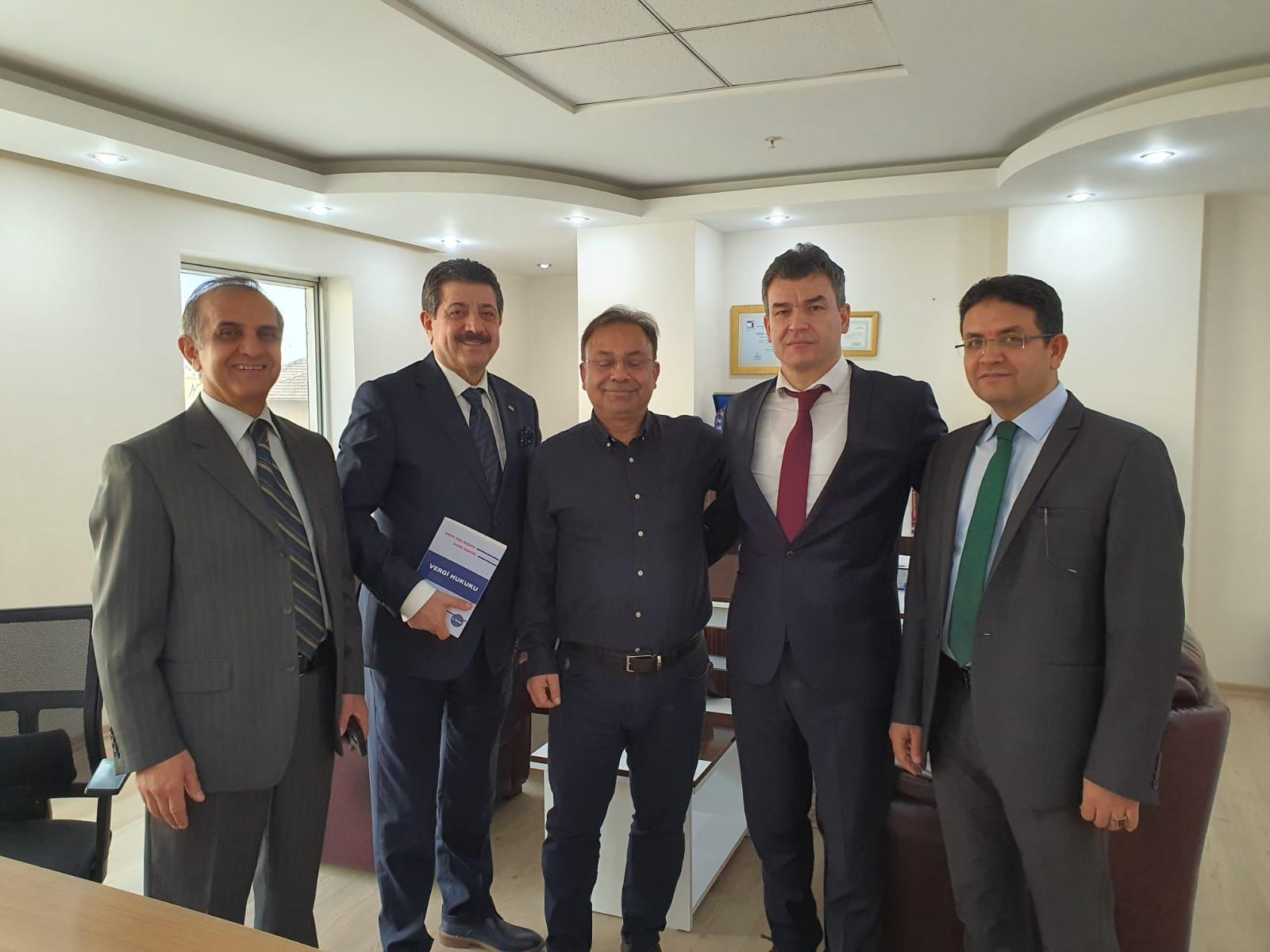 29.01.2020 tarihinde  YMM Ayhan TEMUR'u Yönetim Kurulumuz  ziyaret etti.